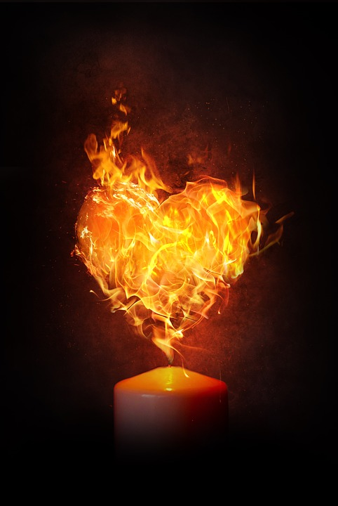 Burn Flame Heart Heiss Fire Blaze Love Candle