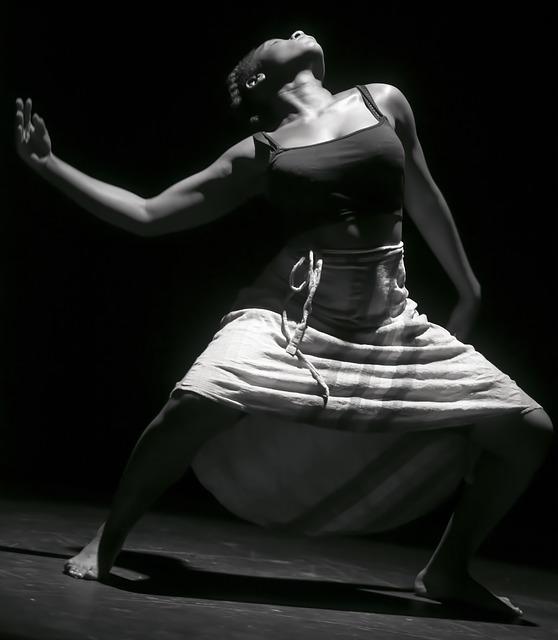 dance-3882695_640