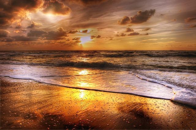 sunset-2205553_640